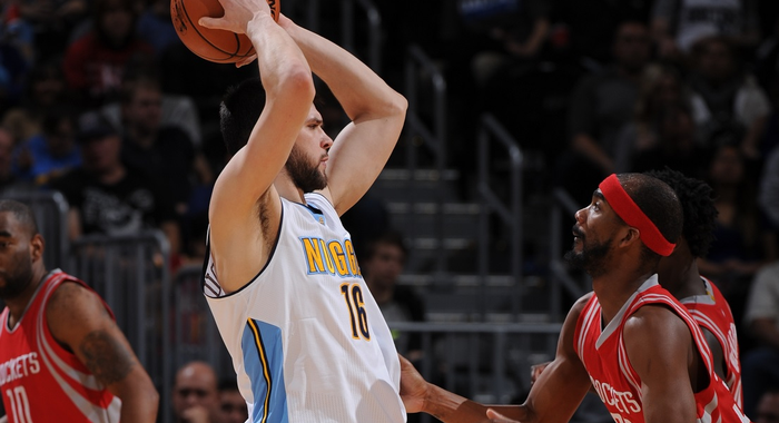 Papanikolaou helps Nuggets defeat Rockets